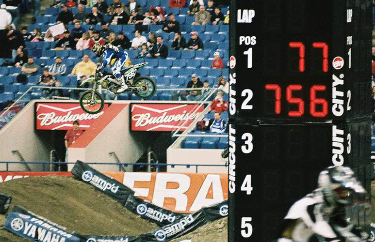 Shawn Clark qualifing with 2nd fastest lap on tower for the 2006 RCA Dome THQ AMA Supercross